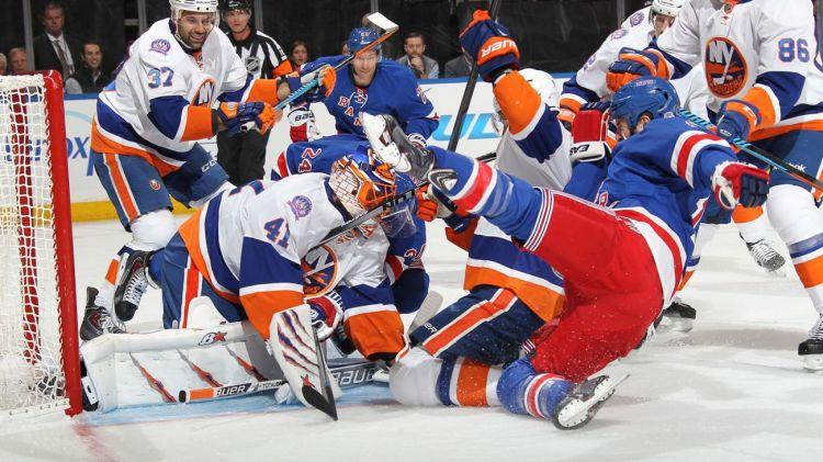 Battle in front of net 10-14