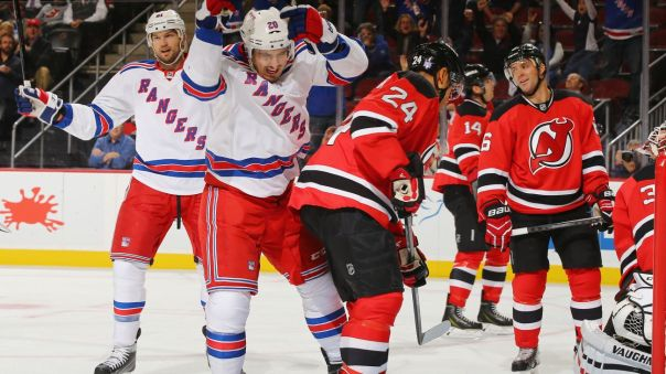 Kreider goal celebration 2 10-21