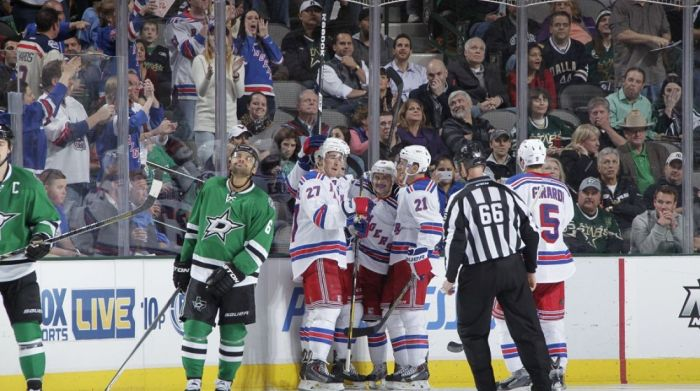 nyr vs stars players