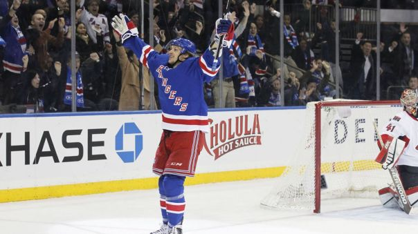 carl hagelin celebrating 1-20