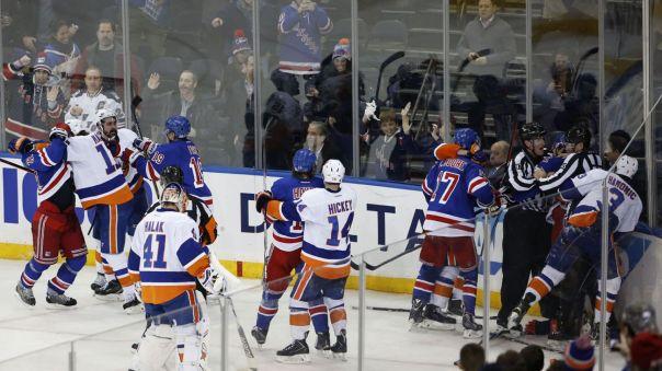 Rangers Islanders postgame fight 1-13