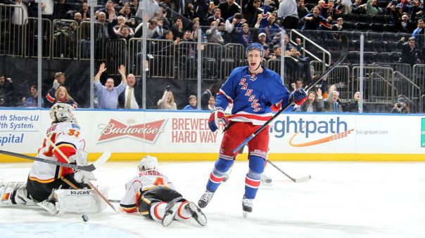 kevin hayes goal celebration 2-24