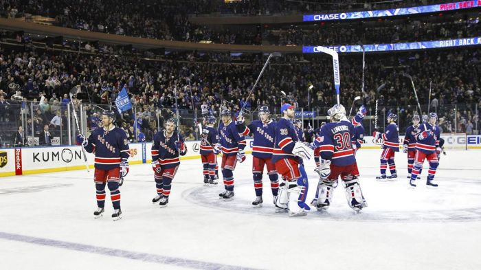 rangers salute the crowd 1-31