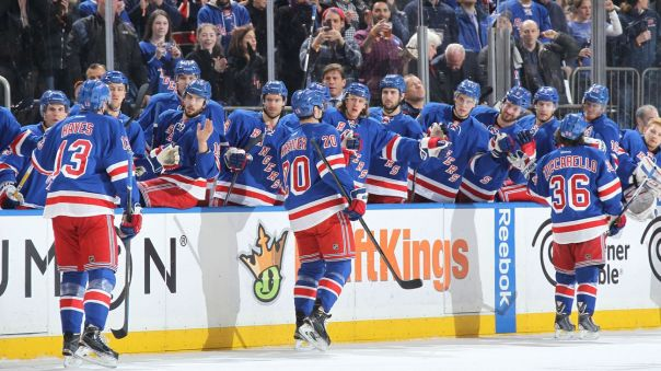 rangers bench hi five 2-26
