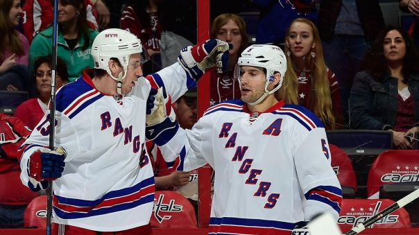 kevin hayes goal celebration 4-11