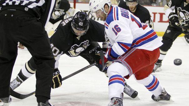 rangers vs penguins game 3 faceoff 4-20