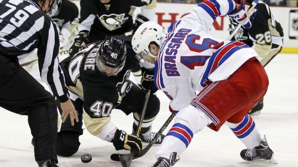 rangers vs penguins game 4 faceoff 4-22