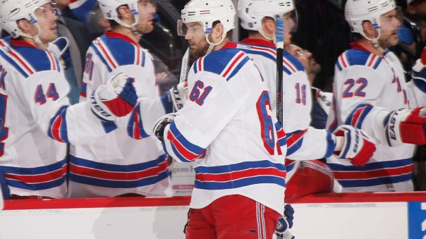 rick nash hi five line 4-2