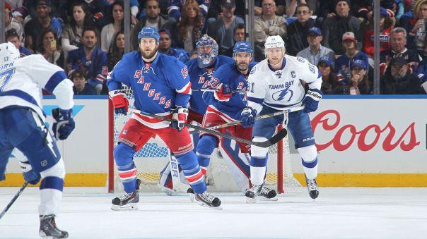 Rangers vs Lightning net front 5-16