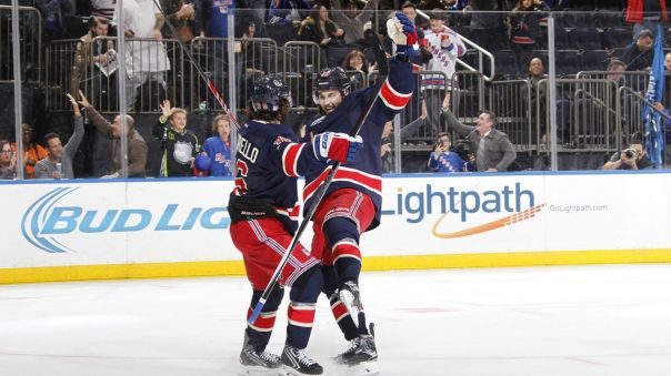 mats zuccarello goal celebration 10-30