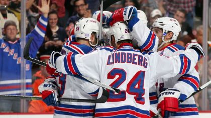 Rangers celebrate a goal 10-24