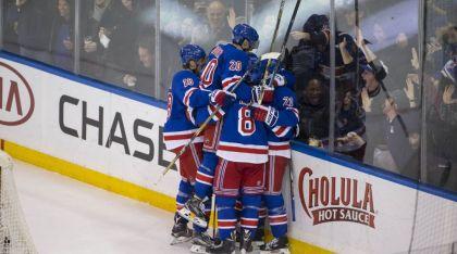 Rangers celebrate a goal 11-15