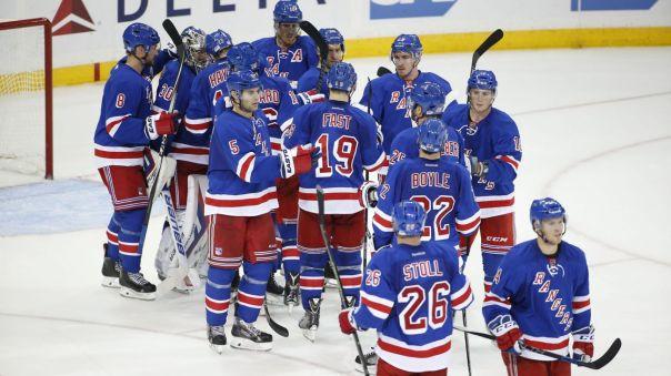 Rangers celebrate a win 10-22