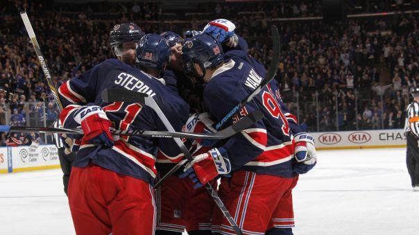 Rangers celebrate good pic 1-11