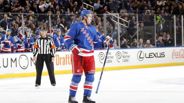kevin hayes goal celebration 11-23