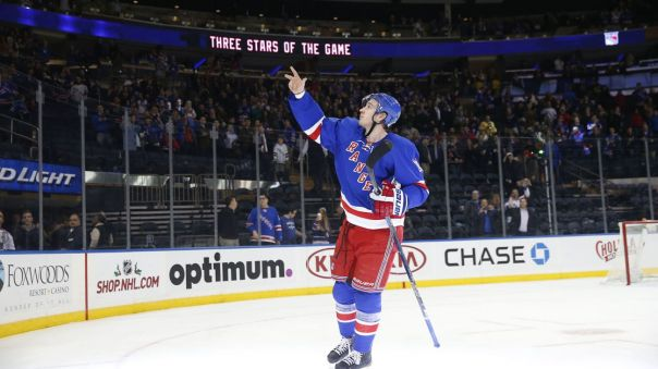 kevin hayes third star 11-23