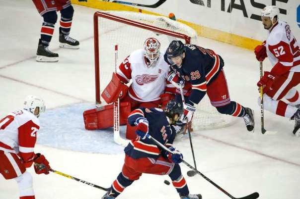 rangers-vs-red-wings-10-19