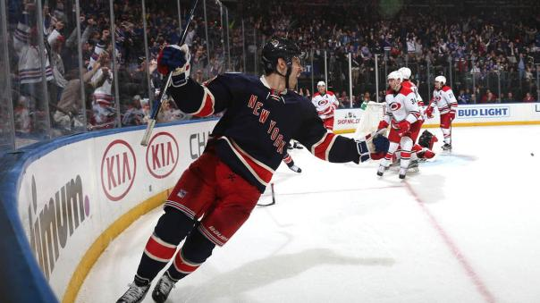 chris-kreider-goal-celebration-12-3