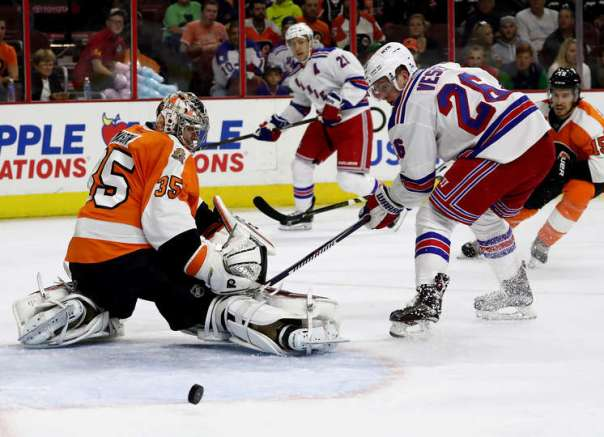 rangers-vs-flyers-10-3